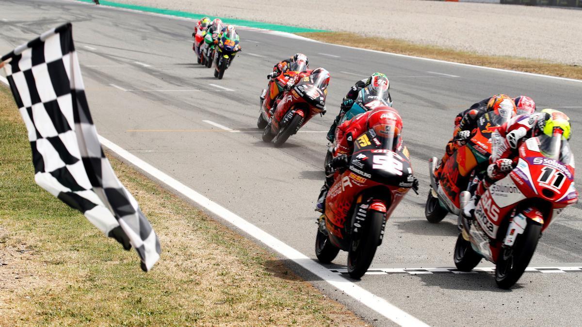 Sergio ha ganado la carrera por 0.015 milésimas. / AGENCIAS