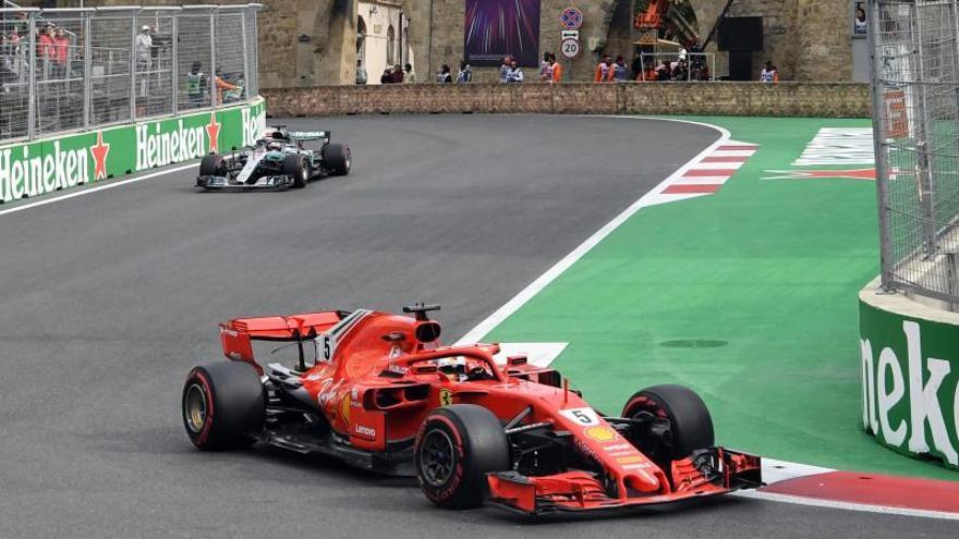 Hamilton y Vettel trasladan su duelo a Montmeló