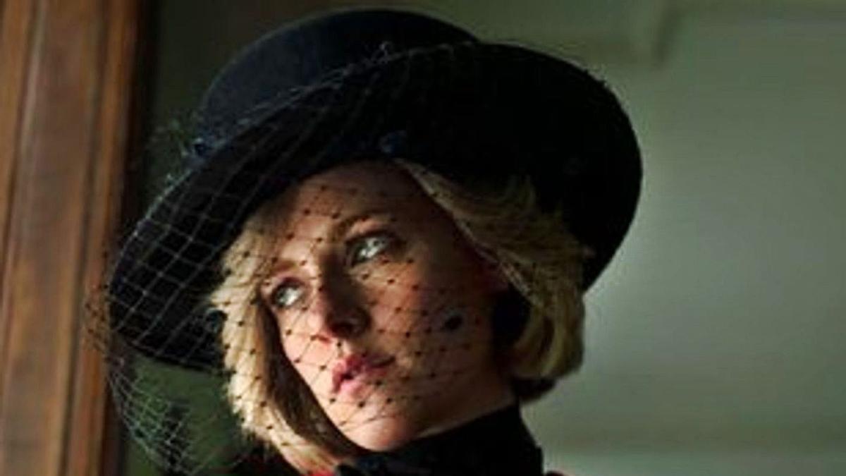 Kristen Stewart, como Lady Di.