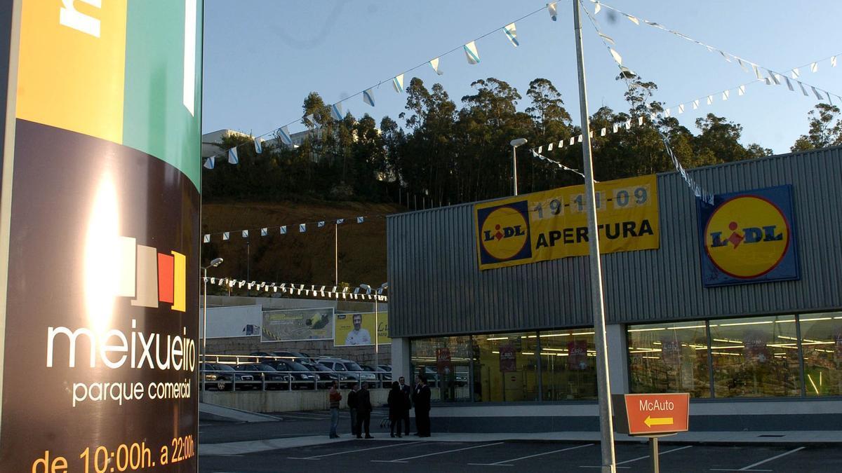 Exterior de un establecimiento de Lidl en Vigo