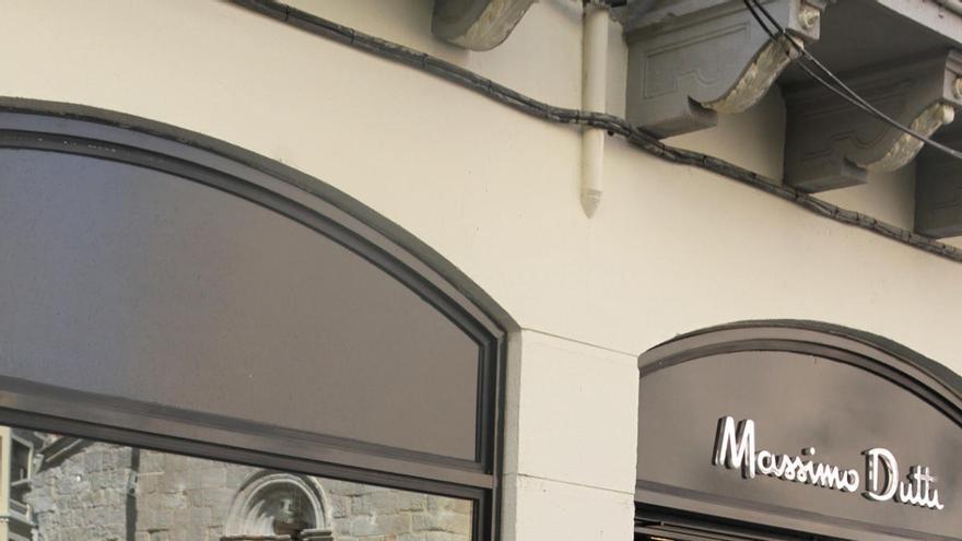 Tres nuevos cierres de tiendas en Zamora dejan a quince trabajadores en paro