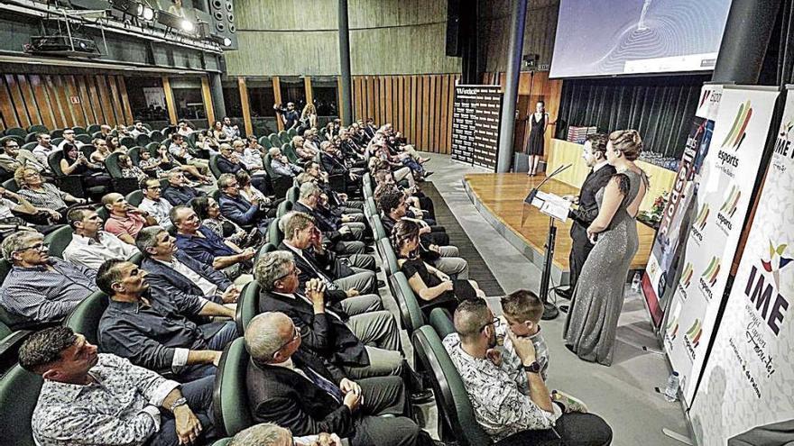 La Federación Balear de Kárate celebra su primera gala anual y su 40 aniversario