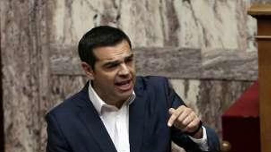 Moción de censura contra el Gobierno de Tsipras por una disputa sobre Macedonia