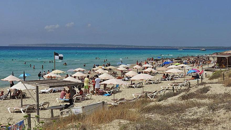 Julio ha sido un grado más cálido de lo normal en Formentera y medio en Baleares