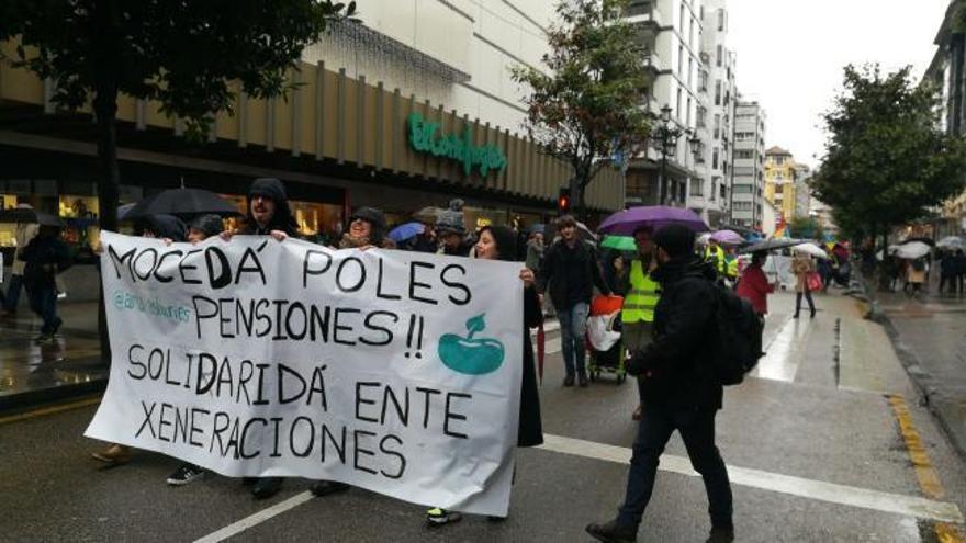 """Manifestación en Oviedo para reclamar unas pensiones públicas """"dignas"""""""