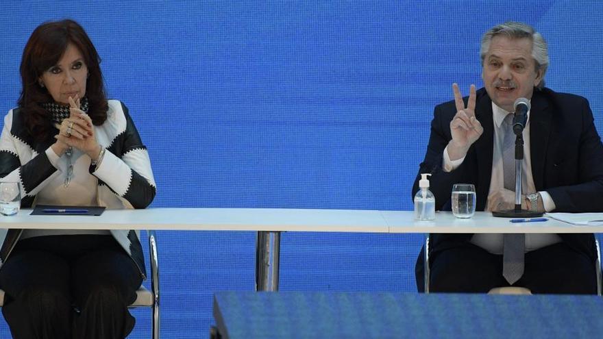 Argentina anuncia un acuerdo para la reestructuración del 99% de la deuda externa
