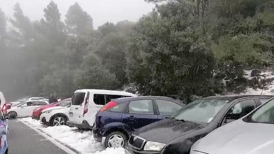Colapso en la Serra de Tramuntana para ver la nieve