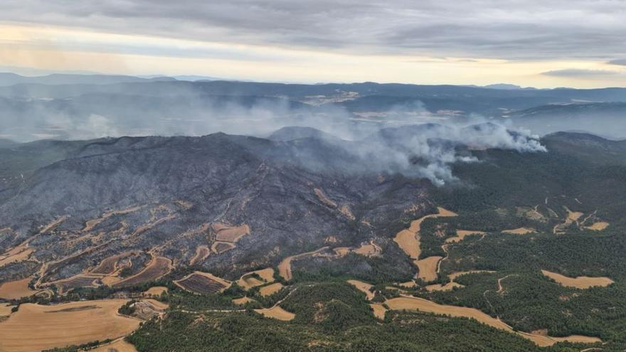 Controlat l'incendi de la Conca de Barberà i l'Anoia, que ha cremat unes 1.700 hectàrees