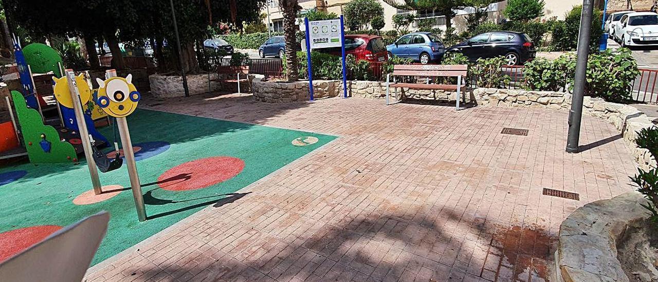 Parque infantil donde se inició la riña tumultuaria en San Gabriel.