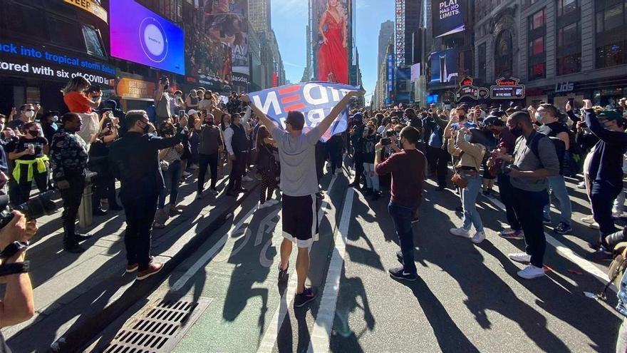 Nueva York celebra la victoria de Biden sobre Trump