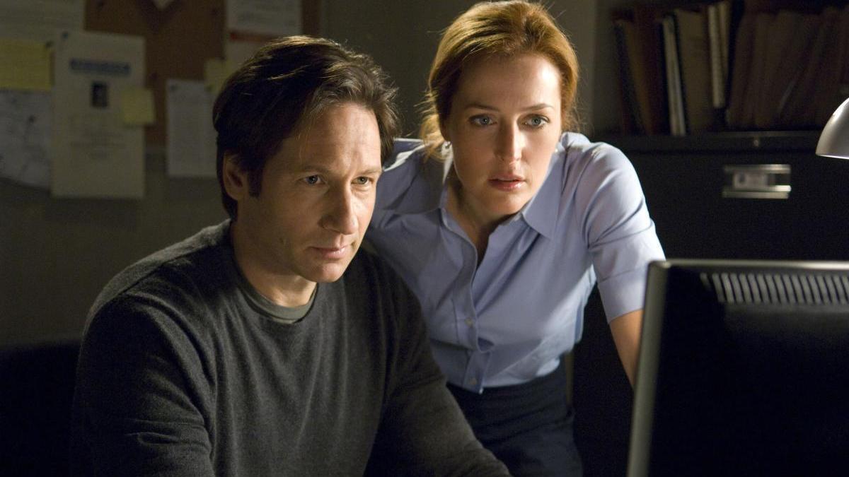 David Duchovny y Gillian Anderson en 'Expediente X'.