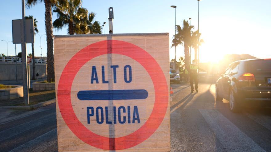 Calp pone 27 denuncias por ruido de fiestas en chalés y casas de alquiler turístico