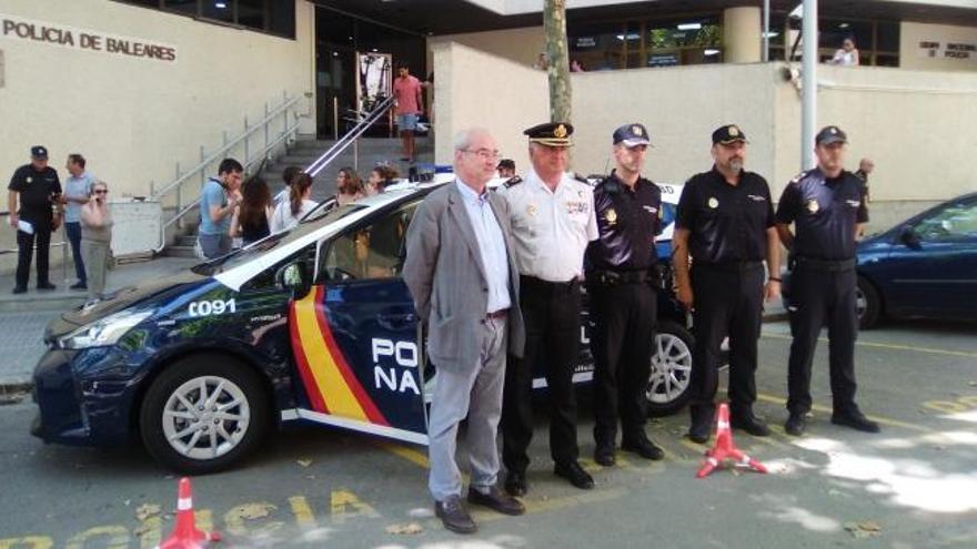 Die neuen Dienstwagen der Polizei checken 400 Kennzeichen pro Minute