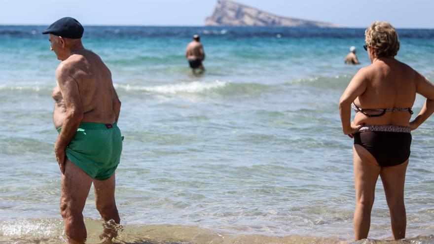 """Turisme valora la vuelta del Imserso pero cree que """"se ha hecho tarde"""""""