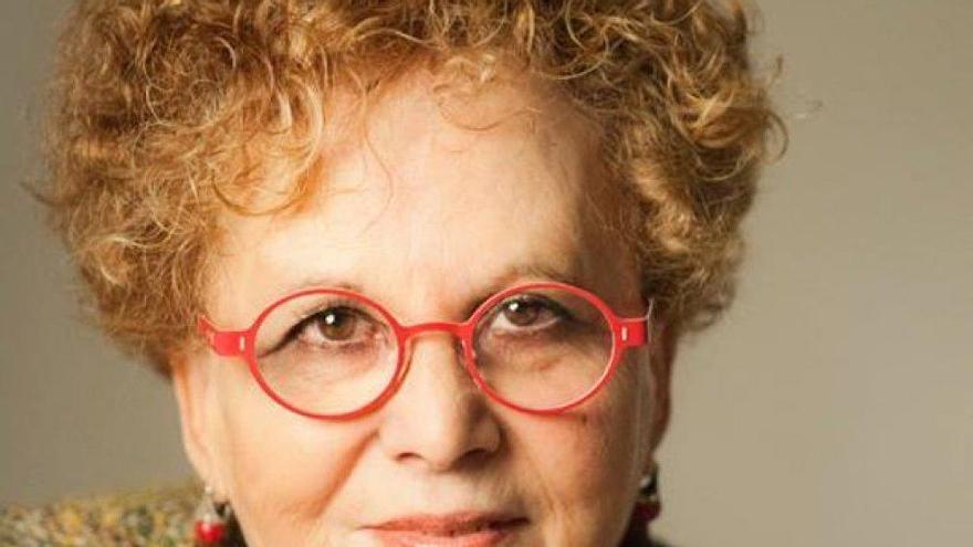 La escritora gomera Isabel Medina será homenajeada en Santa Cruz