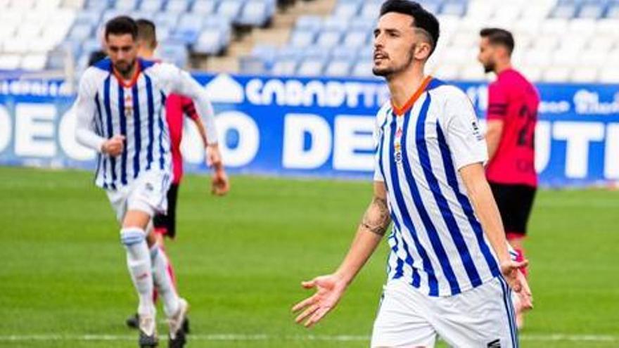 El Deportivo negocia el fichaje del delantero Alberto Quiles