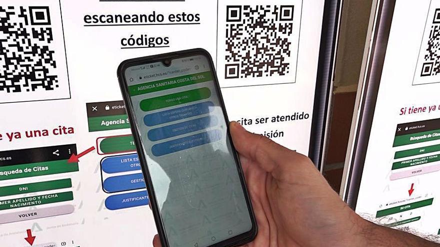 Pacientes de la Costa del Sol acceden a las consultas a través del móvil