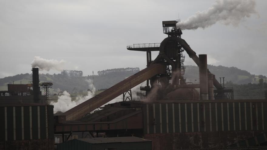 La industria asturiana obtiene 34,3 millones con el aumento de las compensaciones del CO2