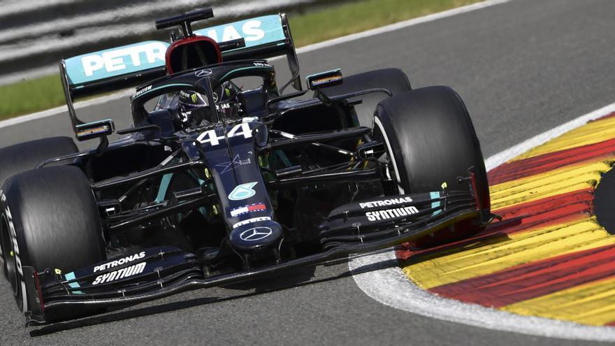 Hamilton llega desatado al santuario de Ferrari