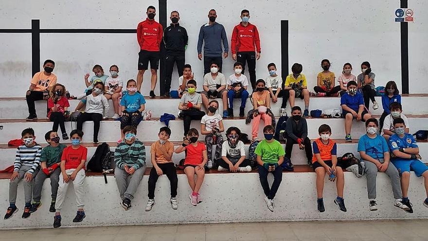 Programa de educación deportiva «Pilota a l'Escola»