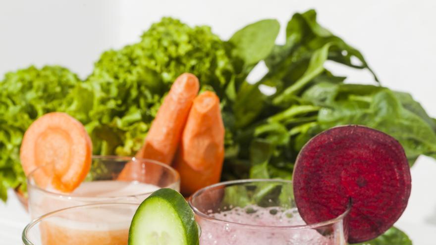 Dos batidos de verdura al día para adelgazar fácilmente