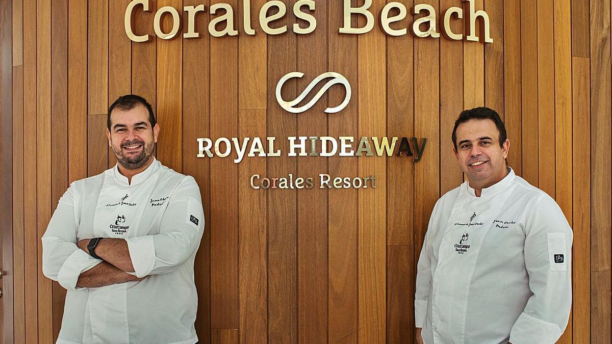 Jonathan (izquierda) y Juan Carlos Padrón.
