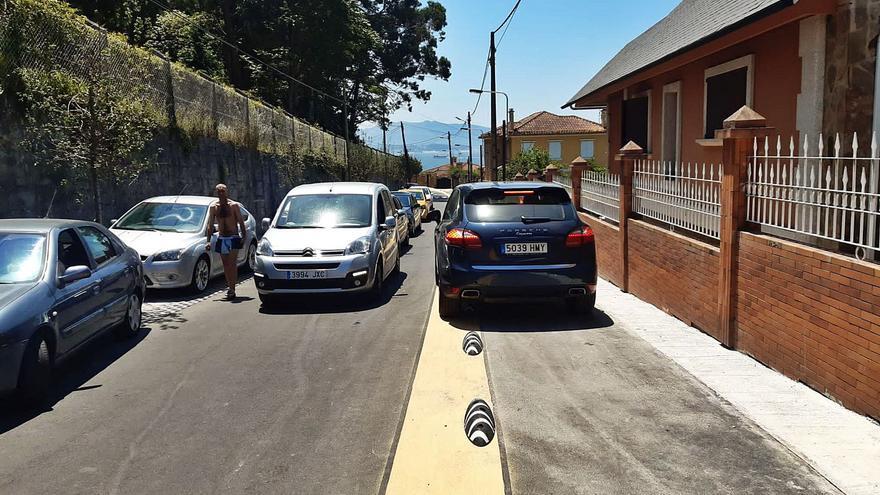 Las limitaciones del  Camiño Real: A Garita solo para residentes y sin coche a la punta de Rodeira