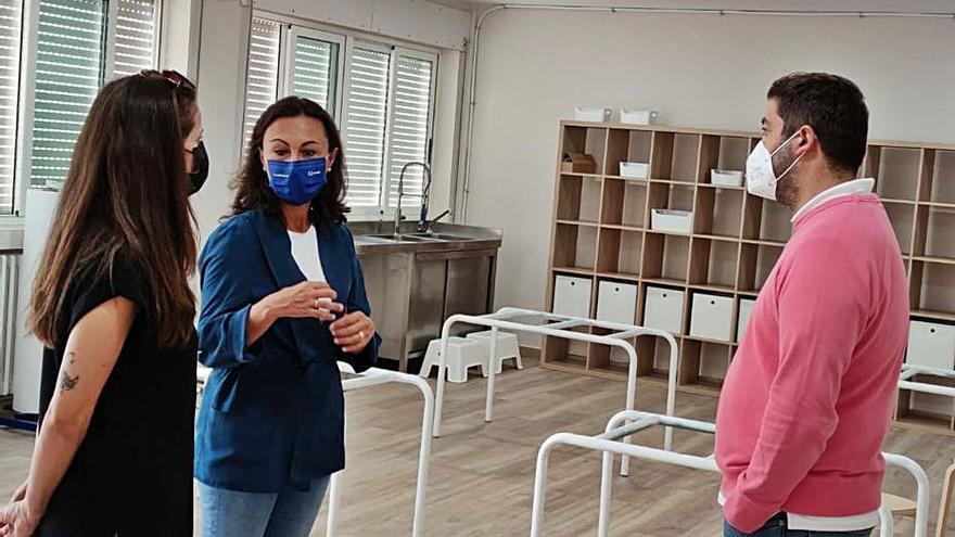 El colegio Nosa Señora do Carme suma 30 alumnos con una segunda profesora y un cuidador de apoyo