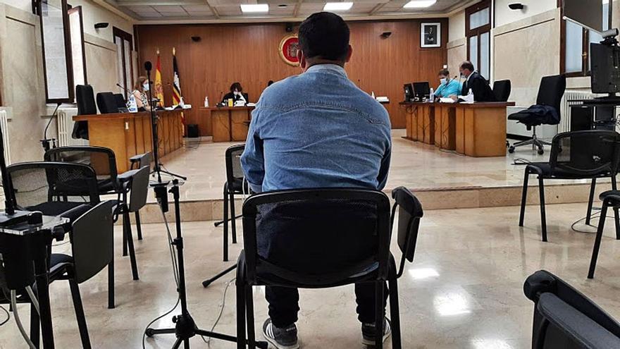 Una niña ratifica en juicio que un amigo de su padre abusó de ella con cuatro años en Mallorca