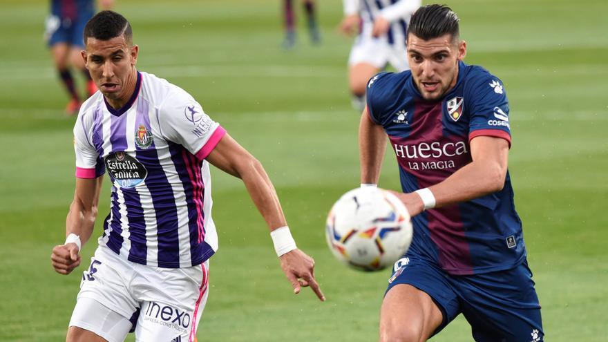 El Huesca saca un empate a un Valladolid que empezó 0-2