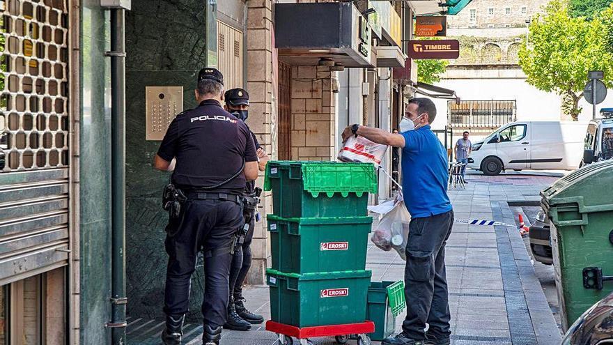 España confirma 54 casos importados horas antes de la apertura de fronteras
