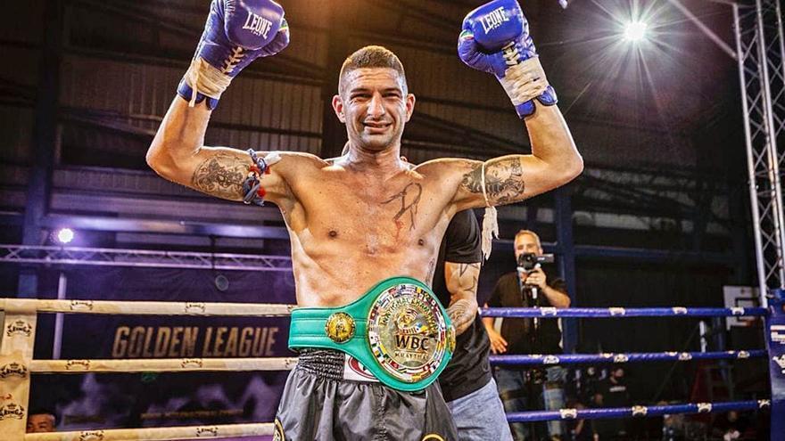 Toni Romero conquista el cinturón dorado nacional