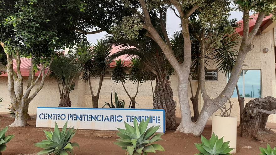 Un brote obliga a confinar el Centro Penitenciario de Tenerife