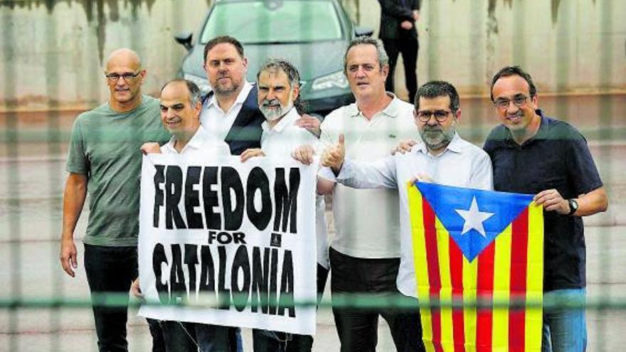 El 61% dels catalans donen suport als indults als presos del procés