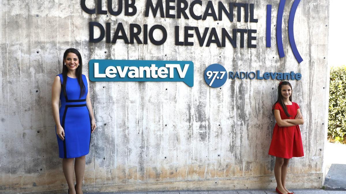 Las Falleras Mayores de València 2022 visitan Levante-EMV