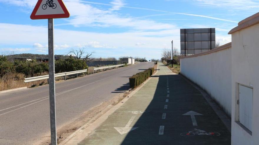 Navajas no sabe si pagó en 2009 una expropiación a una vecina por un carril-bici