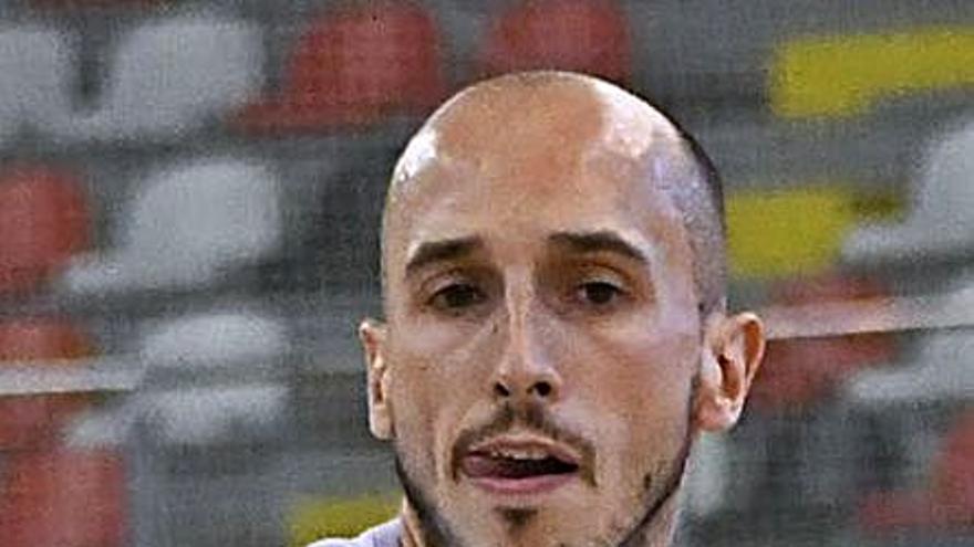 El Leyma, mermado por las lesiones, cancela el amistoso contra el Oviedo
