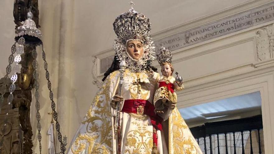 La Virgen ya viste de primavera
