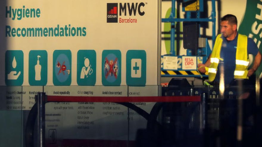 La retirada de empresas por el coronavirus deja  en el aire la Mobile