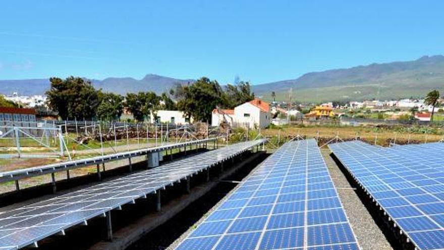 El Cabildo declara el interés público de dos nuevas plantas solares en Telde