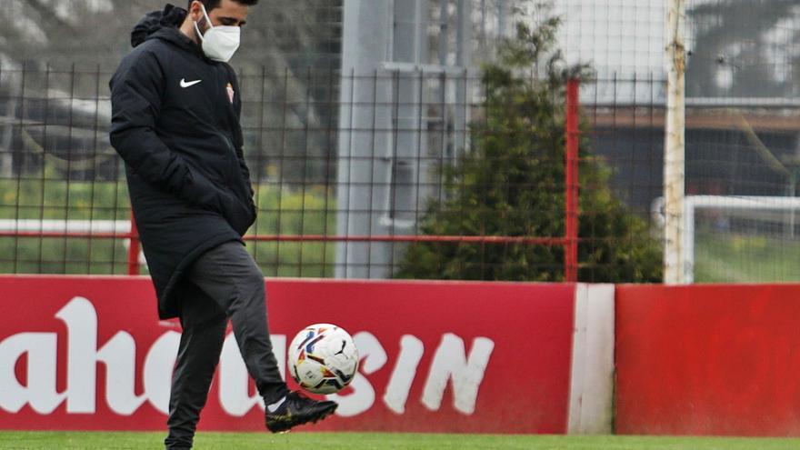 """Gallego: """"La baja de Djuka trastoca los planes, pero vamos a competir"""""""