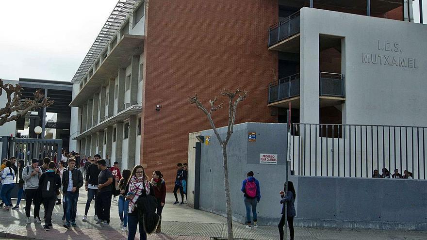 La Generalitat amplía los ciclos de FP en Mutxamel tras años de reivindicaciones
