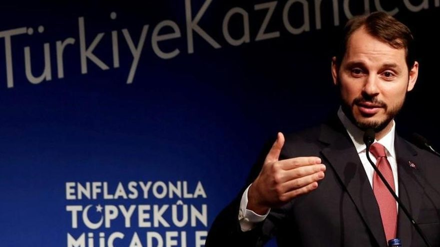 Dimite el ministro de Finanzas turco y yerno de Erdogan