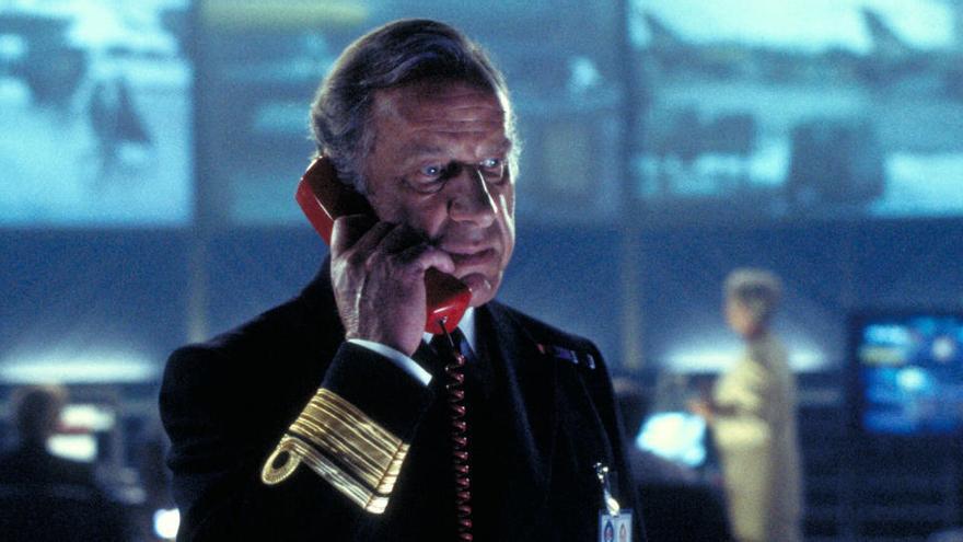 Muere Geoffrey Palmer, el Almirante Roebuck de 'El mañana nunca muere'