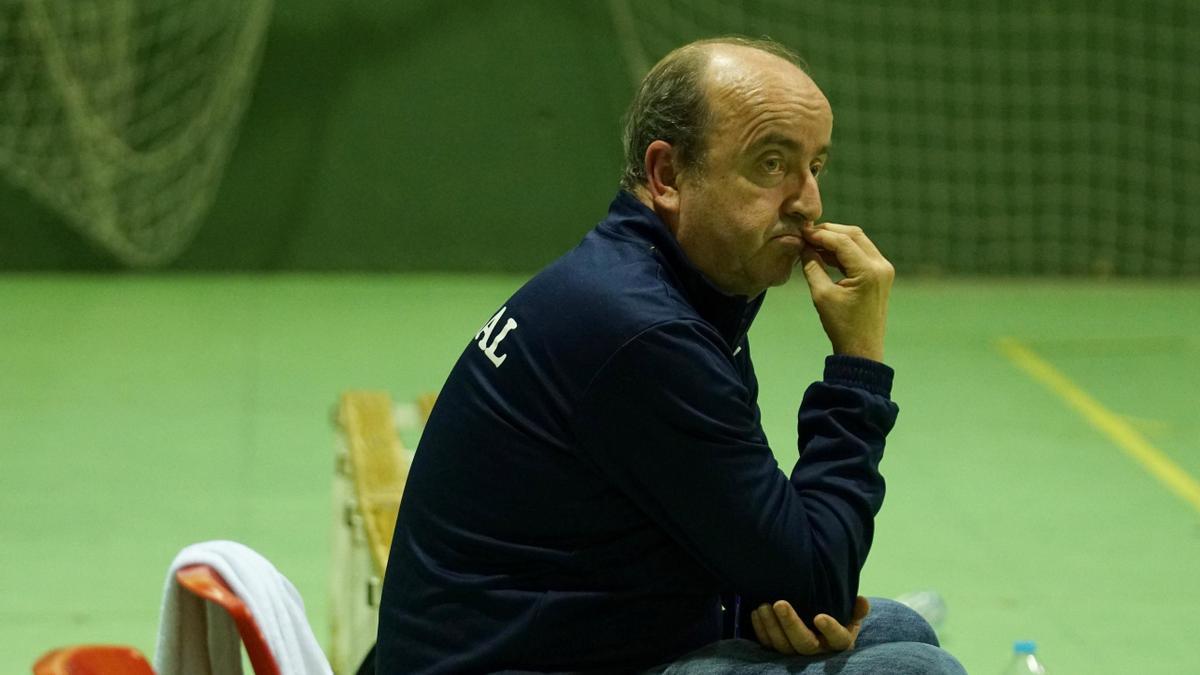 Rafa Moreno, entrenador del Adesal de balonmano.