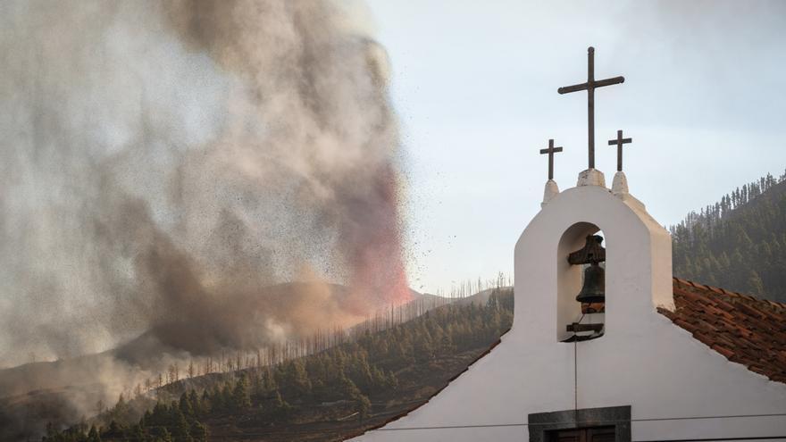 El volcán de La Palma sigue soltando materia