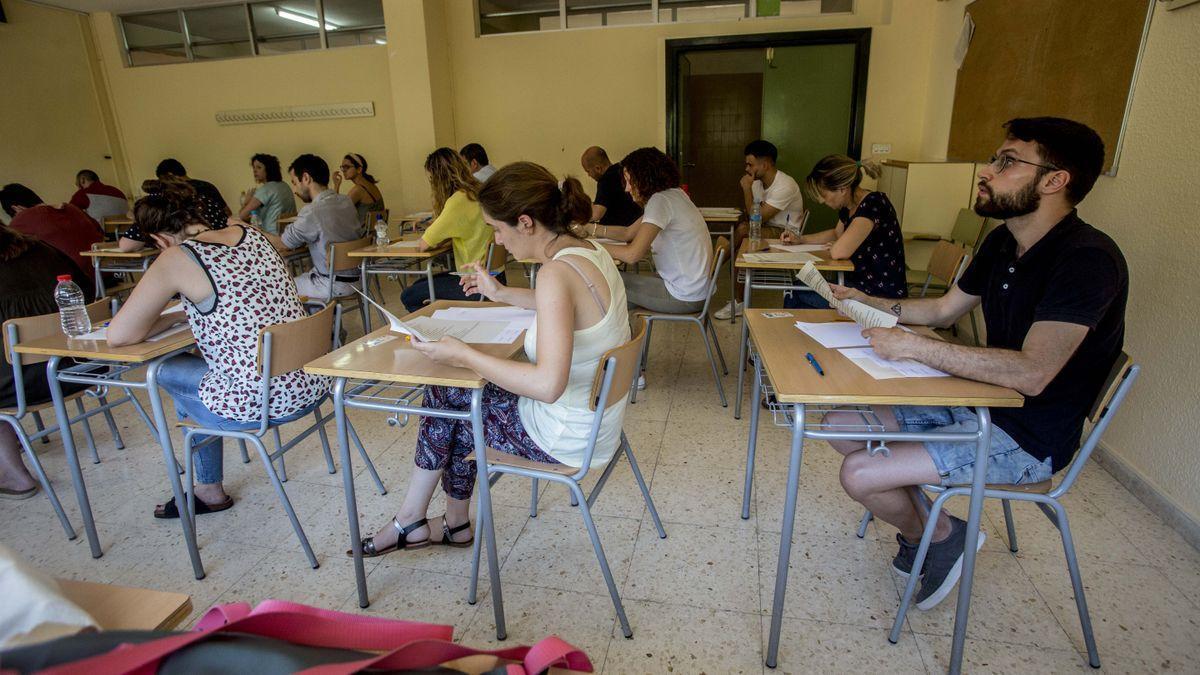 Opositors en l'última convocatòria de places de professorat a la província.