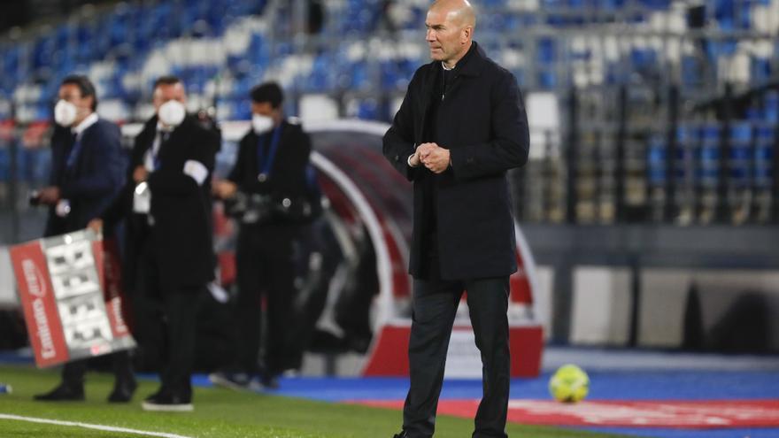 """Zidane desliza su adiós al Madrid: """"Llega un momento en que hay que cambiar"""""""
