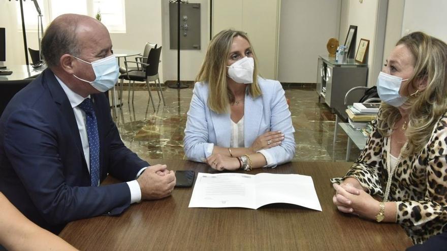 La Junta solicita a Renfe la instalación de un centro de competencias digitales en Bobadilla
