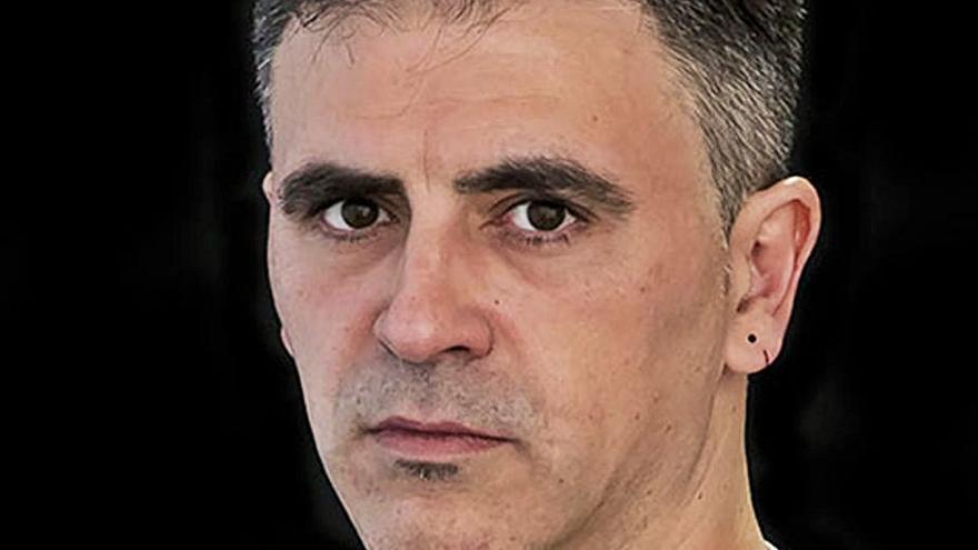 """Marcelo Luján: """"El lector se va a encontrar con un intento de situar las historias desde la cotidianidad"""""""